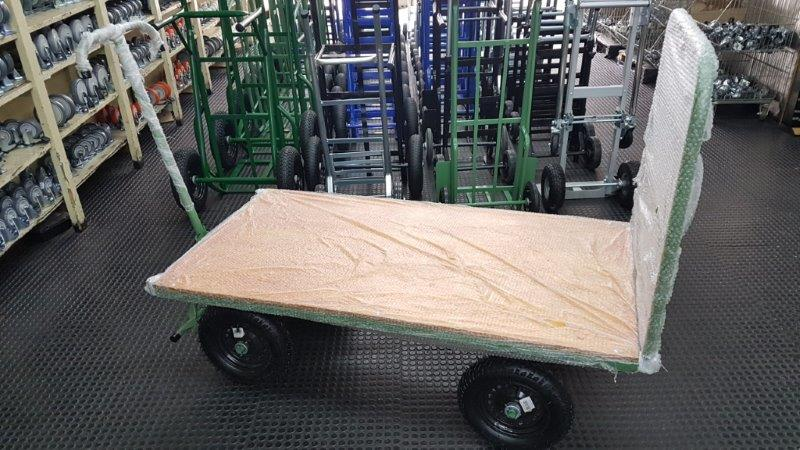 Loja de carrinhos de carga